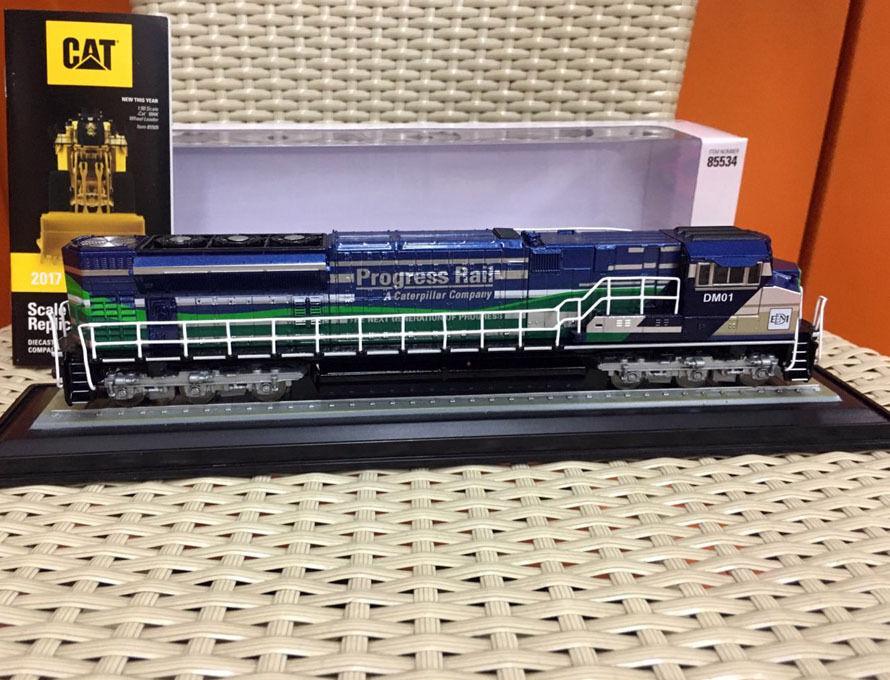 HO Scale 1 87 EMD SD70ACE-T4 locomotive train par Diecast Masters 85534