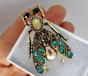 Art-Deco-vintage-style-bee-insect-brooch-gold-green-red-rhinestone-pearl-pin