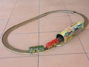 Voiture à ressort Technofix Autopista Tin Track avec échange de tunnels pour minibus Comics