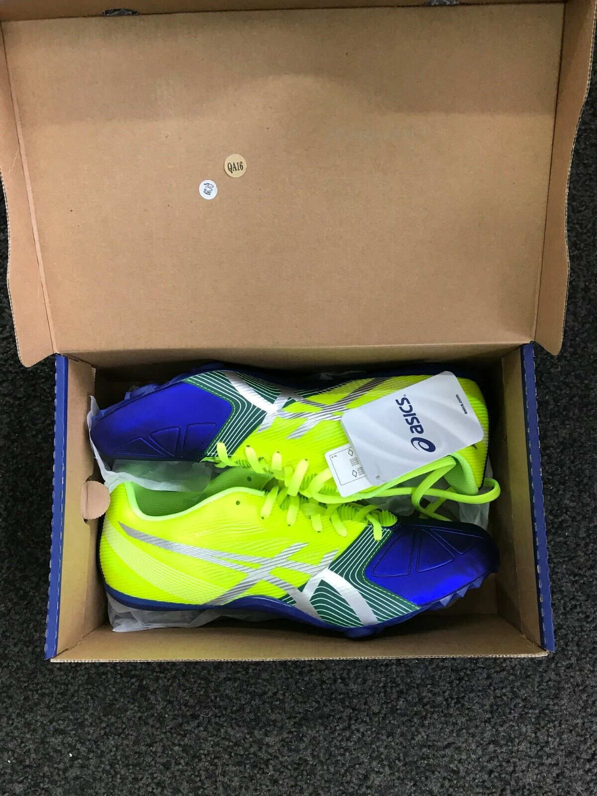 New asics hypersprint  6 spike UK size 7.5  order now lowest prices