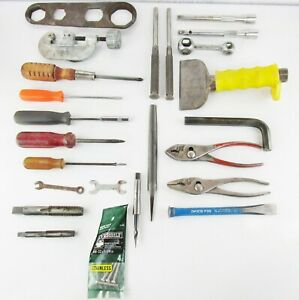Mixed-Hand-Tool-Lot-Screwdrivers-Punches-Pipe-Cutter-Wrenches-Chisel-Pliers-Taps