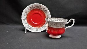 Royal-Albert-England-Bone-China-Regal-Series-Red-4396-Cup-amp-Saucer