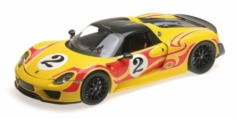 Porsche 918 Spyder Martini Weissach package giallo with rosso Stripes 1 18 Model