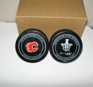 NHL-Hockey-Calgary-Flames-2015-Stanley-Cup-Playoffs-Game-Puck