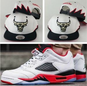 on sale 03204 dd8c4 Image is loading Matching-Mitchell-Ness-Chicago-Bulls-snapback-Hat-for-
