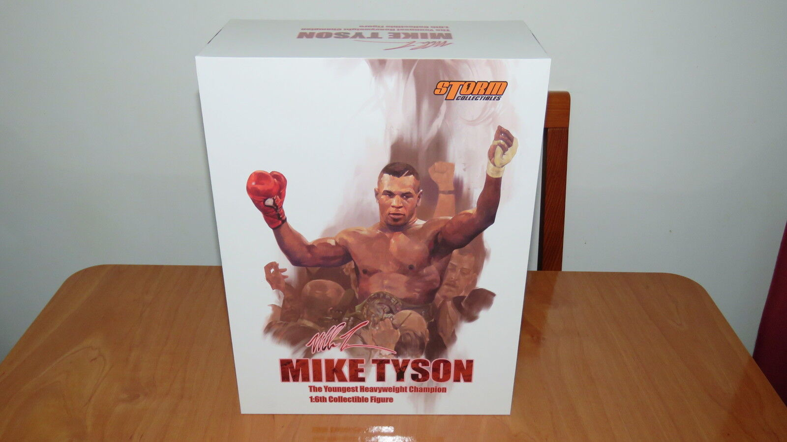 directo de fábrica Storm MIKE TYSON Youngest Youngest Youngest Heavyweight Champion 1 6 (no hot Juguetes) Empty Box  ventas directas de fábrica