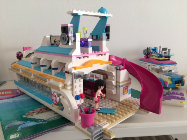 Lego Friends, 41015, LEGO Friends delfinbåd. Enkelte…