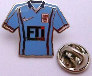 Pin-Anstecker-TSV-1860-Muenchen-Trikot-Sponsor-FTi-Touristik-Lizenzware-199