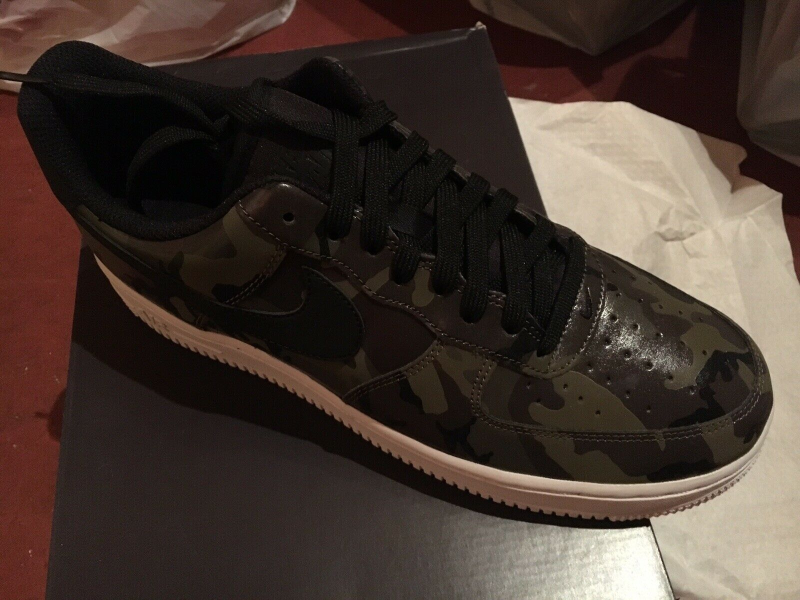 Brand New Air Force 1 '07 Lv8 823511-201 Size 9.5 Medium Olive Black Camo
