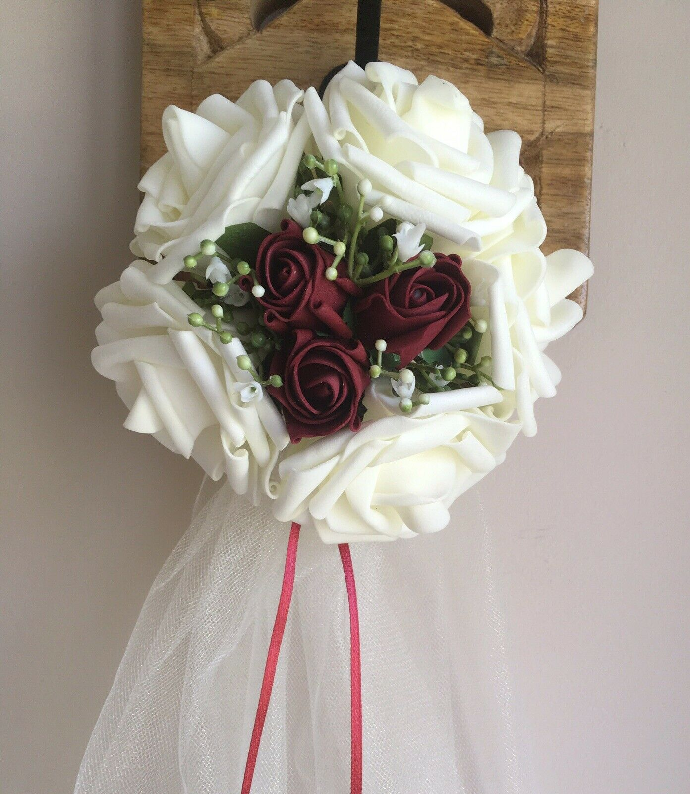 10 x Burgundy And Ivory Wedding Pew Ends