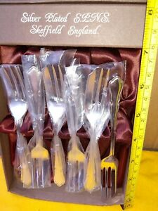 6-Smart-Dubarry-Unused-Best-Silver-Plate-Cake-Forks-Box-Vintage-Quality