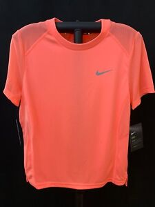 fit Pink Activewear Women's Top Size Nike Dri Nwt Dry Shirt Medium qSwOCxA