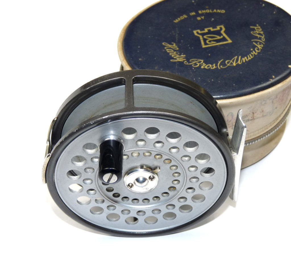 Hardy St Aidan alloy fly reel with all original finish  & hardy case  looking for sales agent