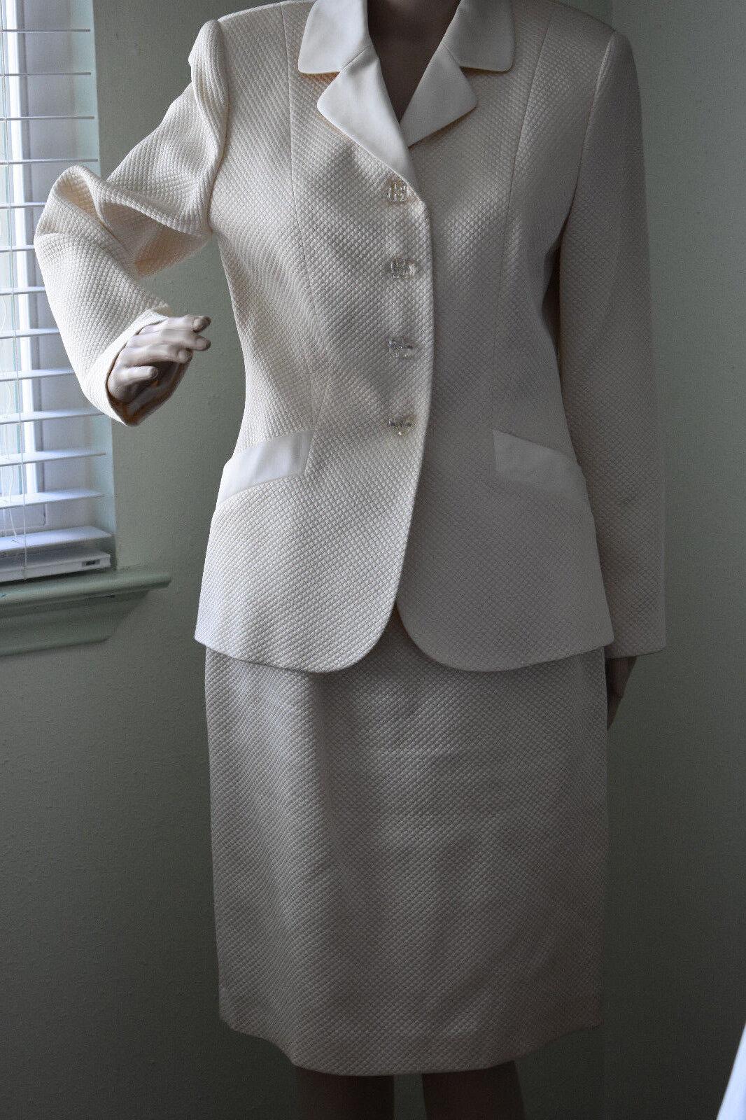 Elegant Off White  Beige ALBERT NIPON Dinner Evening Suit 8   10