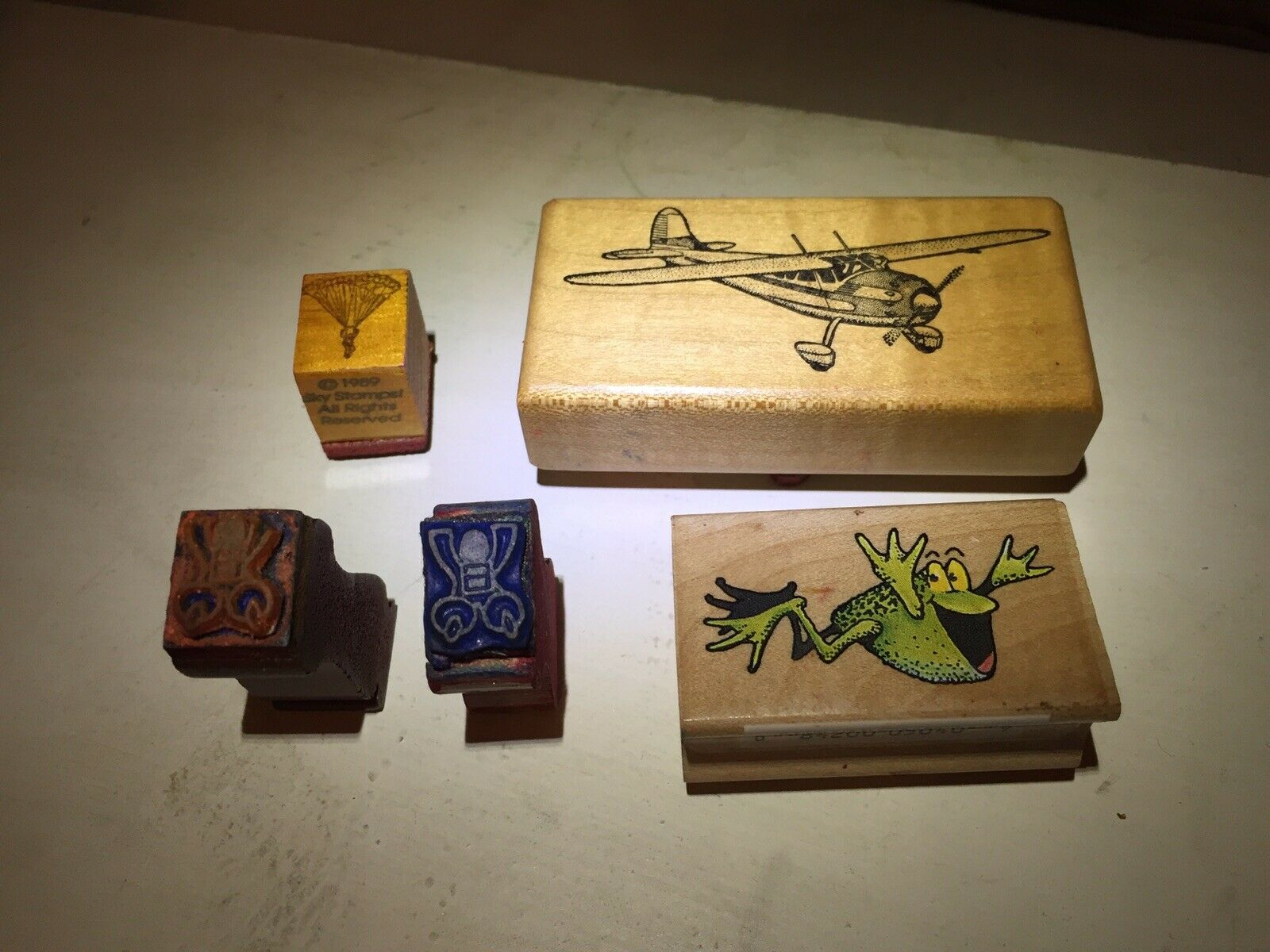 Vintage Skydiving Stamps. Aeroplane. Cessna. Flying Frog