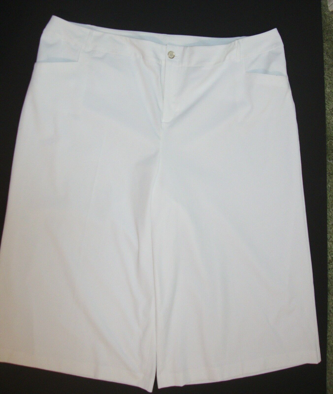 Lane Bryant 6th and Lane White Dressy Capri Pants Womens Plus 28