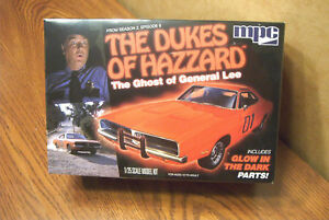 MPC-THE-DUKES-OF-HAZARD-THE-GHOST-OF-GENERAL-LEE-1-25-SCALE-MODEL-KIT