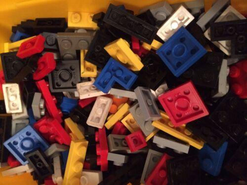 50 x pezzi di LEGO piatto delle parti piccole 2x2 2x1 1x1 Misti veloce spedizione gratuita nel Regno Unito