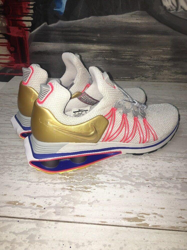 Nike Shox Gravity Vast Grey Metallic Gold Running Shoes AQ8553-009 Sz 8.5