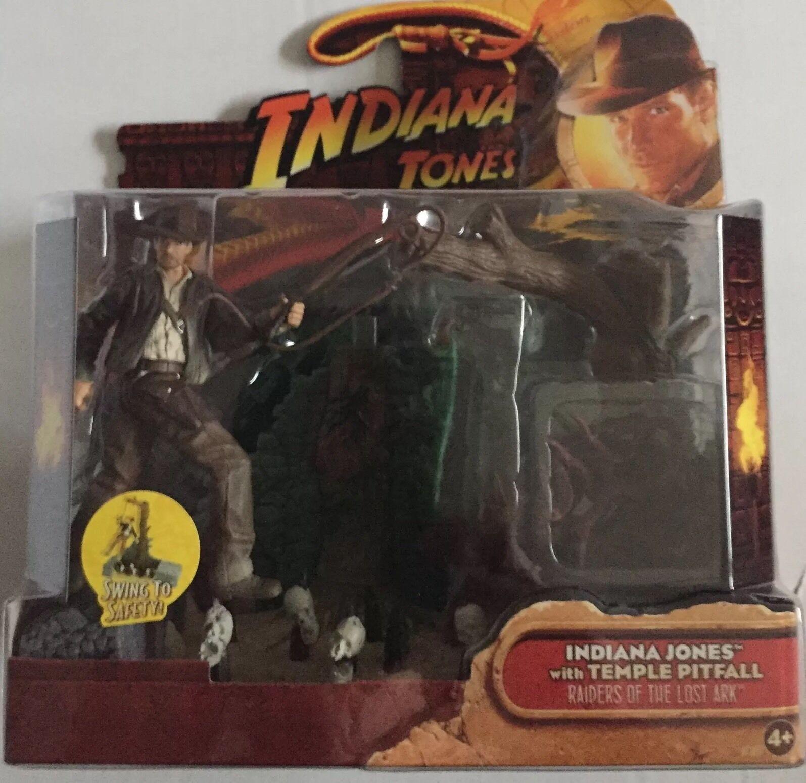 Indiana Jones Action Figure of INDIANA JONES And TEMPLE PITFALL 3.75