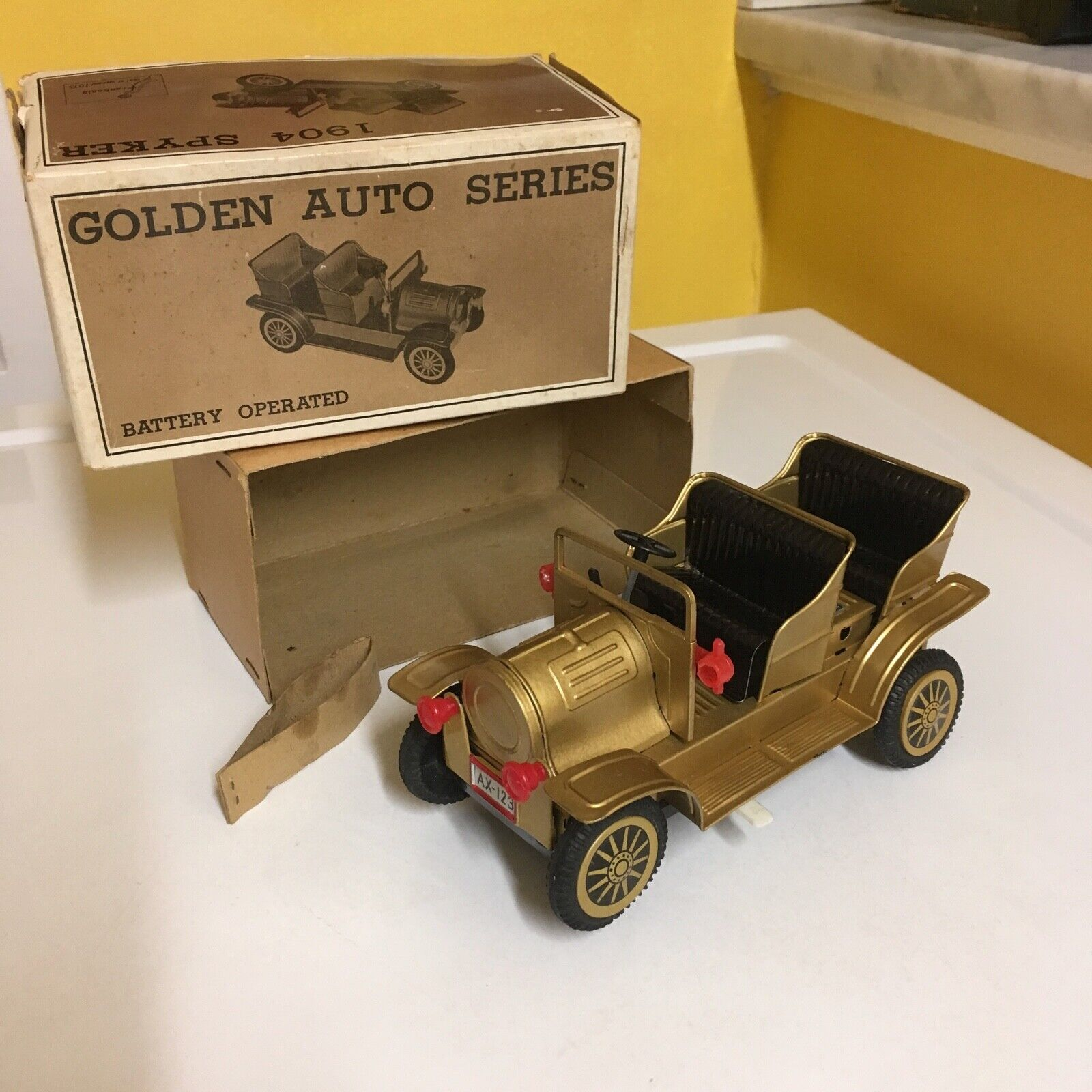Nomura Vintage Con Pilas oroen Auto serie 1904 Spyker trabajar con Caja