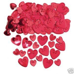Rouge cœur aimant tableau confettis estampé Ruby MARIAGE CONFETTIS FREE P/&P
