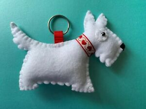 Handmade-Westie-Cairn-Felt-Keyring-With-White-Felt-and-Thread-Dog-Puppy-Pet