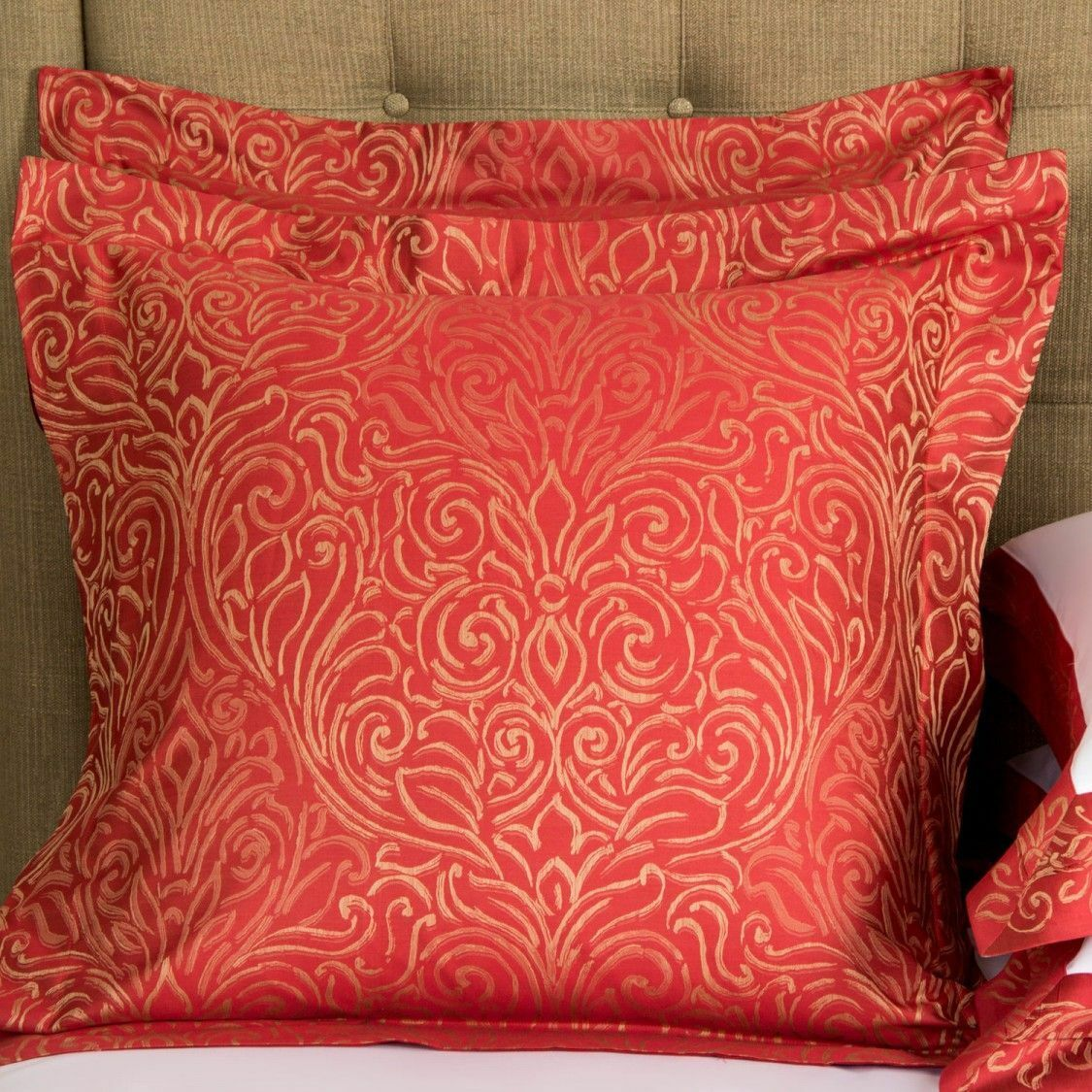 450 NEW Frette FLARE ARREDO YD  Red Beige SET of 2 SHAMS EURO 26 x 26