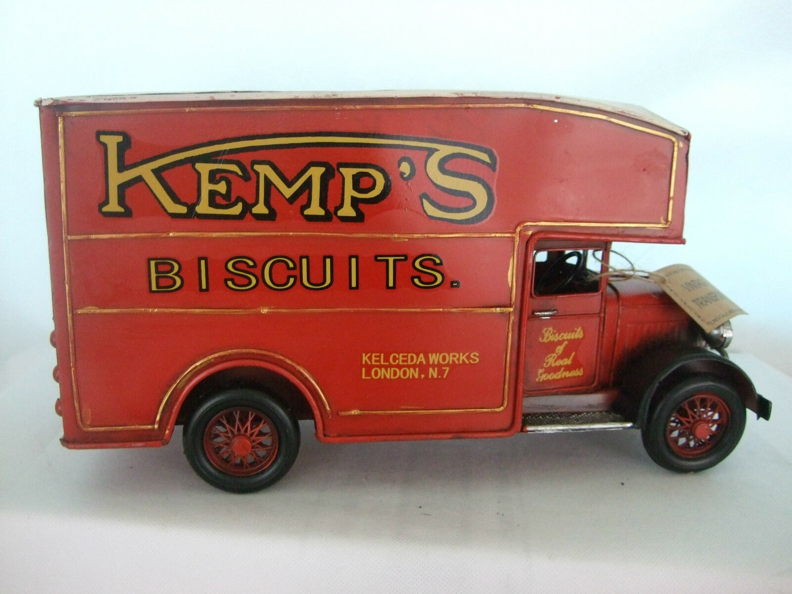 Tin Plate Model of a Vintage large Biscuits Deliver Van  Red  Ornament  Gift