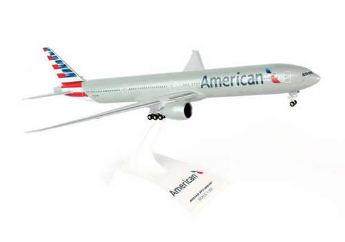 American Airlines Boeing 777-300ER 1:200 SkyMarks Modell SKR715 NEU B777 AA