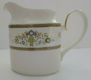 Vintage-Henley-By-Minton-S749-Fine-Bone-China-Creamer-Jug-Dishwasher-Safe