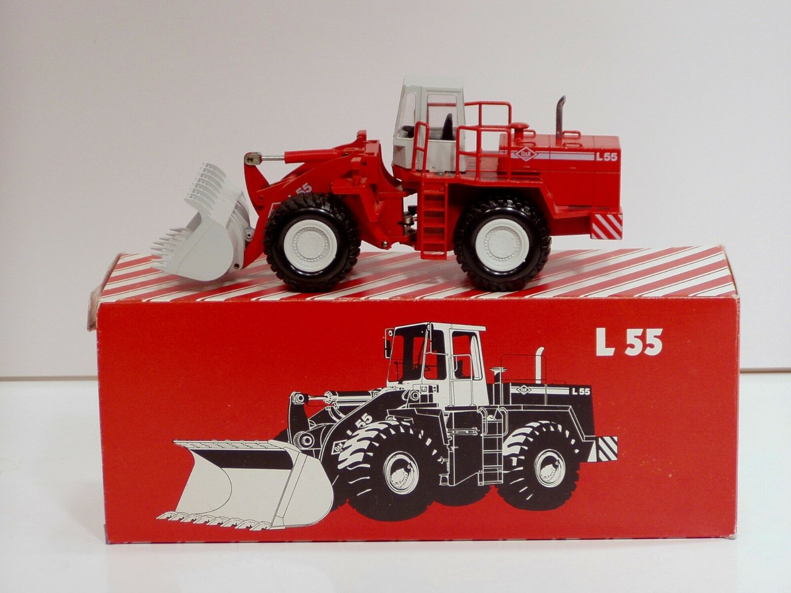 O&K L55 Wheel Loader - 1 50 - Conrad  2422 - N.MIB