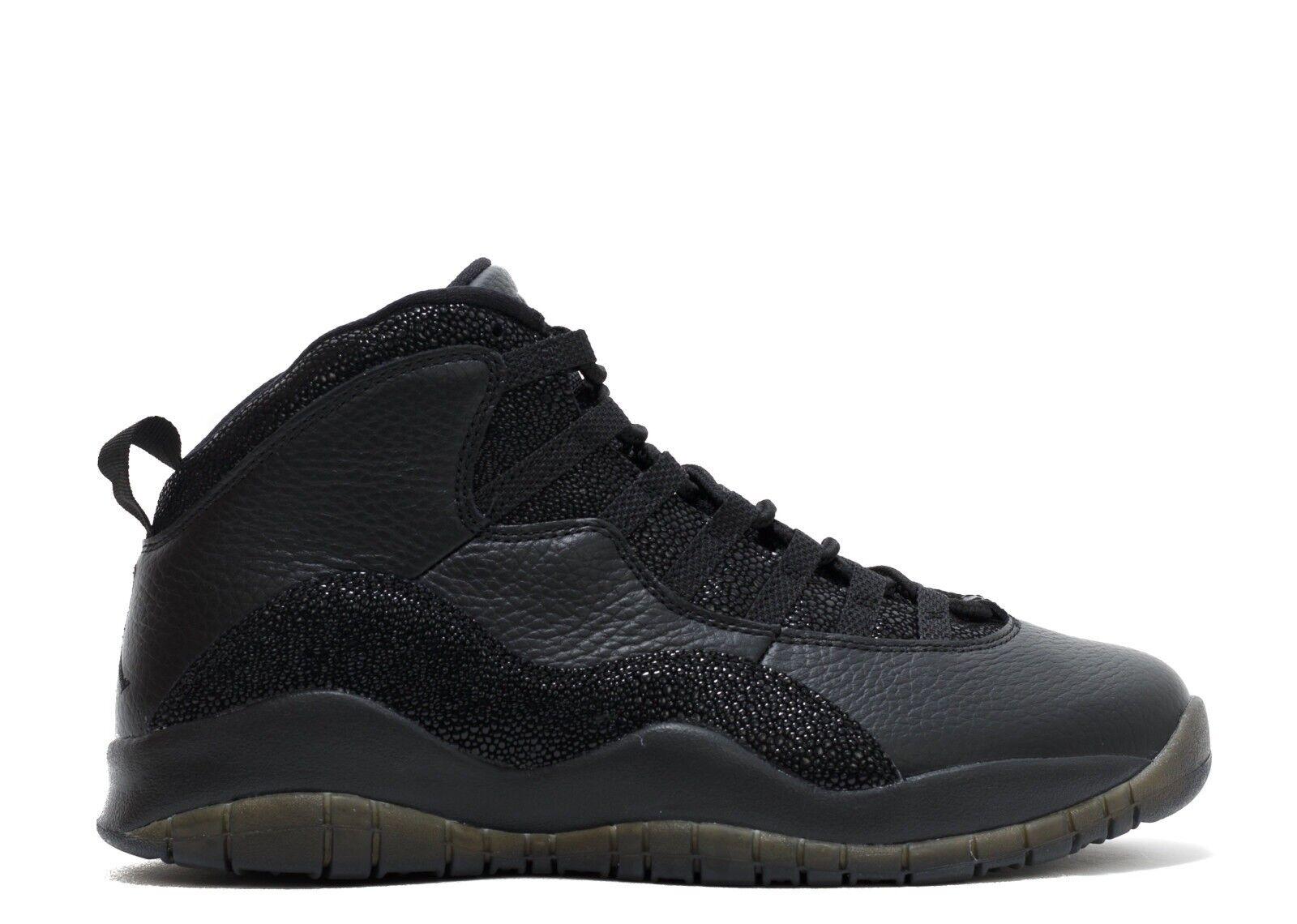 Jordan Retro 10  OVO  Negro X oro  Drake  usado una vez.