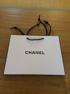 b9ec916a7433 New AUTHENTIC CHANEL Classic Black and White Small Paper Gift / Shopping Bag