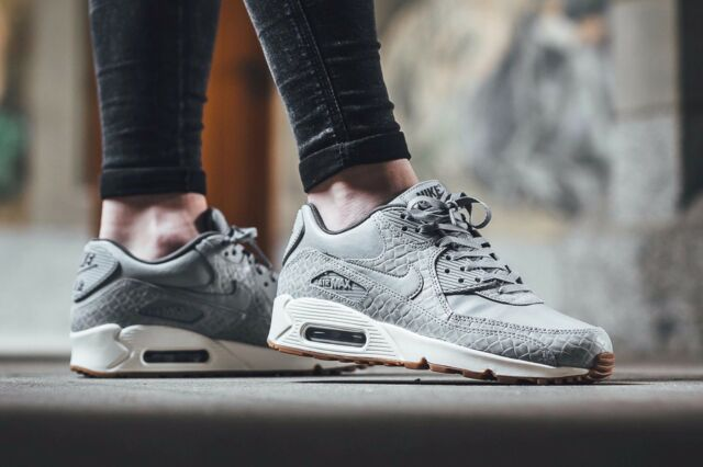 cheaper 20ae4 f5b8a Nike Air Max 90 Premium Wolf Grey Sail 443817-011 Wmn Sz 7