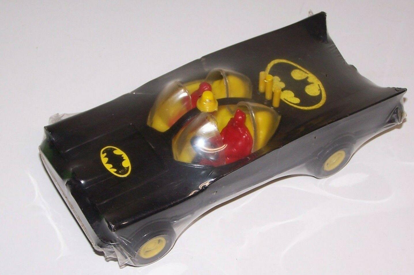 Batman Batimóvil Coche De Plástico Duro 8  L DC COMICS 1977 México Sellado