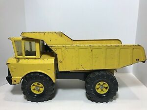 Vintage-1970-039-s-Mighty-Tonka-Yellow-Dump-Truck-Yellow-Pressed-Steel-XMB-975-19-034