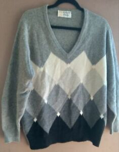 Vintage-PRINGLE-OF-SCOTLAND-100-Cashmere-Sweater-V-Neck-size-large
