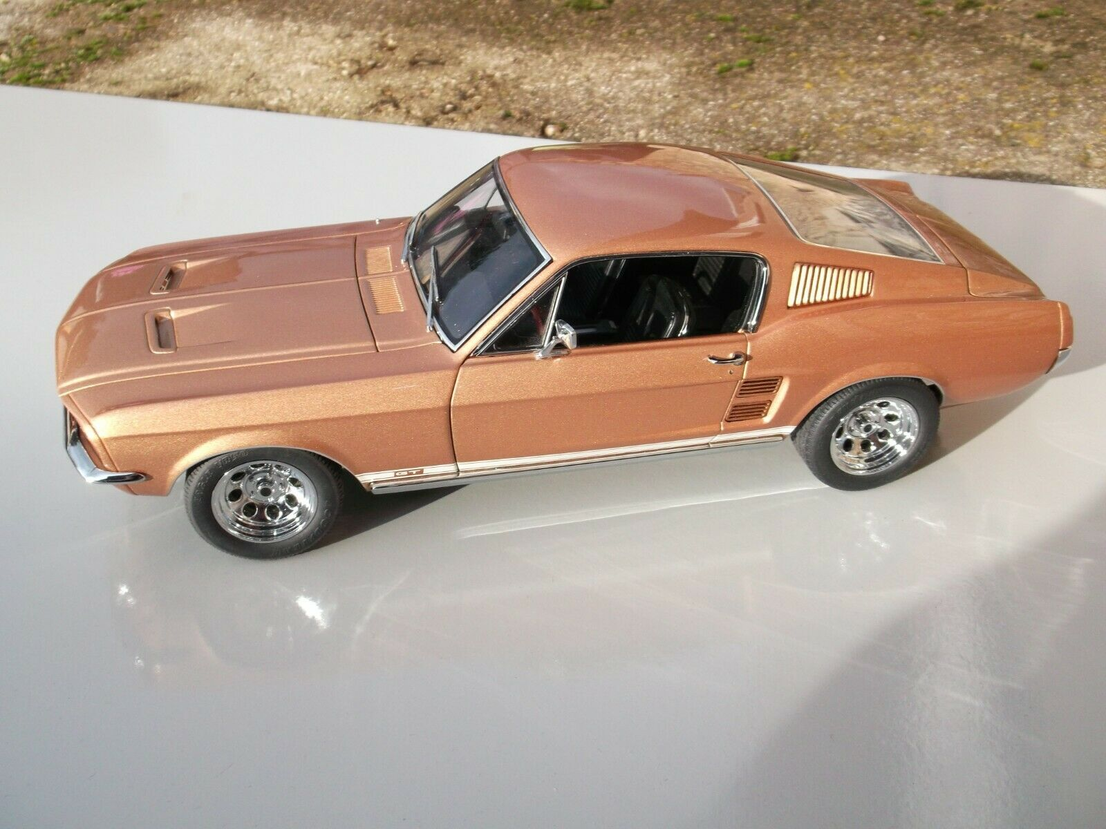MANUALE OFFICINA UFFICIALE Servizio di Riparazione Ford Mustang V 2004-2009