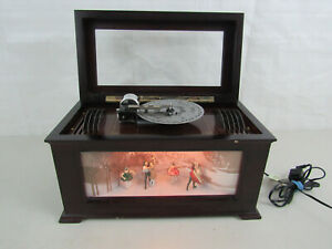 Mr-Christmas-Harmonique-Music-Box-with-Twirling-Ballet-Dancers-10-Song-Disks