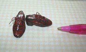 Miniature-Sylvia-Rountree-Brown-Men-039-s-Wingtip-Oxford-Shoes-DOLLHOUSE-1-12