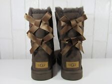 f9feb7bf467 UGG Bailey Bow II Women Short BOOTS Suede Chocolate US 5 1016225