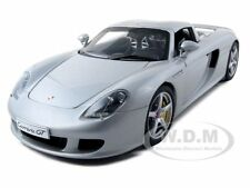 PORSCHE CARRERA GT SILVER WITH BLACK INTERIOR 1:18 BY AUTOART 78046