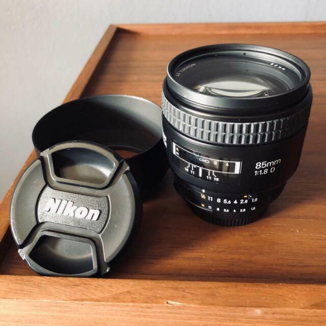 Nikon NIKKOR 85mm f/1.8 D AF Camera Lens with Hood Pouch