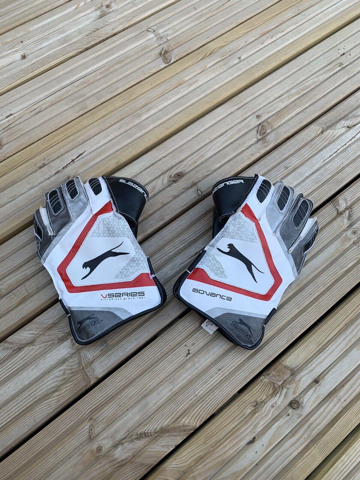Slazenger Advance V Series Wicketkeeping Cricket Gloves