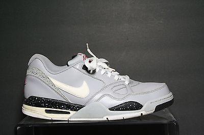 Nike Air Max Flight 13 Low Basketball Sneaker blaugrau