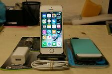 Apple iPhone 5s - 16GB - SPRINT - BOOST - VIRGIN MOBILE - CLEAN WITH EXTRAS..