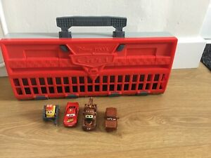 Disney-Pixar-Cars-2-Storage-Carry-Case-World-Grand-Prix-Race-Launcher-amp-4-Cars