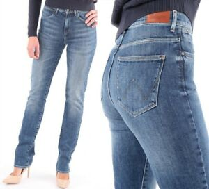 Wrangler-Damen-Jeanshose-Body-Bespoke-High-Rise-Slim-Ray-Of-Light-W26-W29