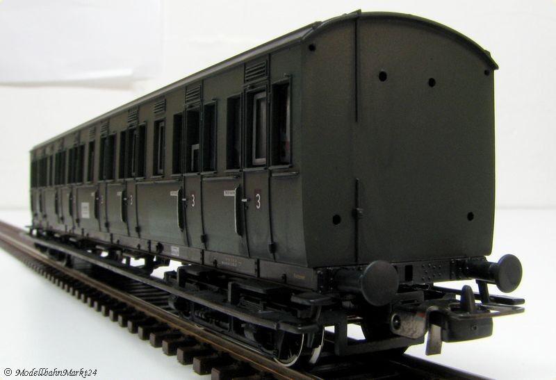 PIKO 72045 DB Abteilwagen 020 333 künstlich gealtert Epoche III    Won hoch geschätzt und weithin vertraut im in- und Ausland vertraut